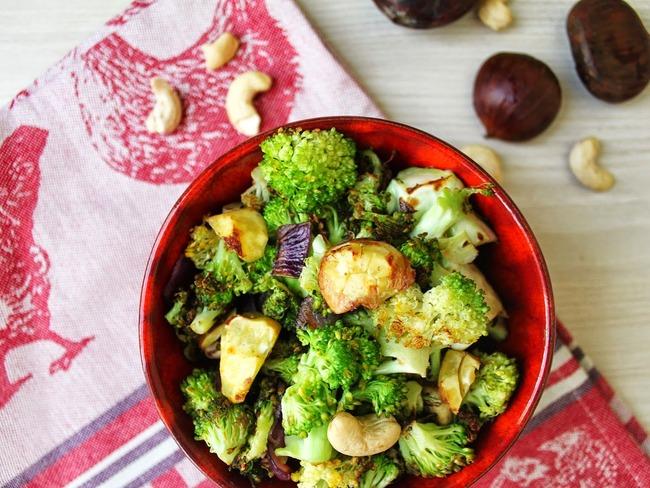 Brocolis et châtaignes à la noix de coco