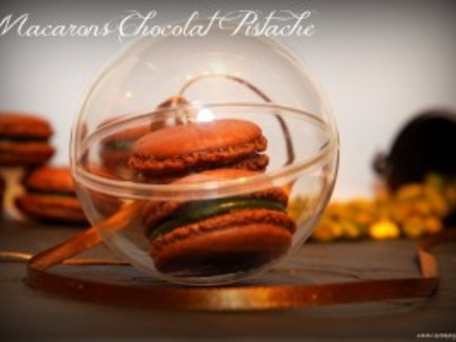 Macarons chocolat pistache