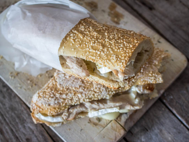 Sandwich poulet chèvre miel express