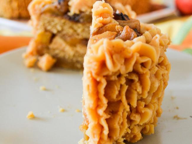 Minis layer-cake speculoos, pommes, caramel au beurre salé