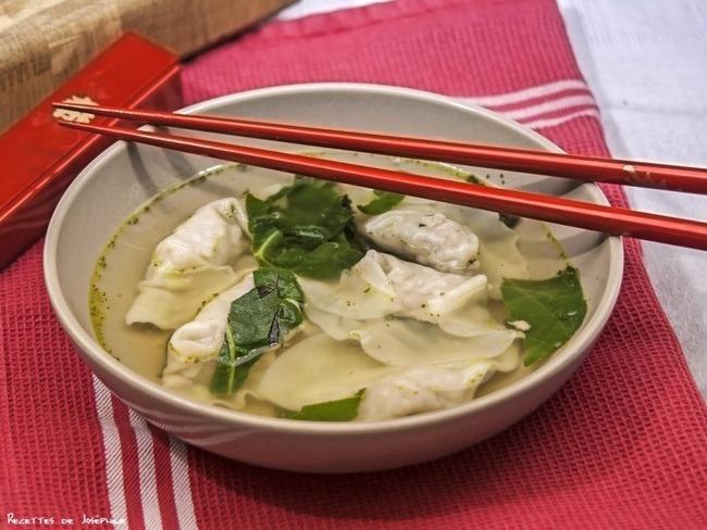 Soupe chinoise aux won ton