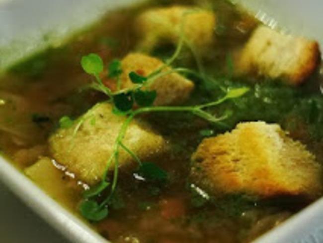 Soupe minestrone à la péruvienne vegan