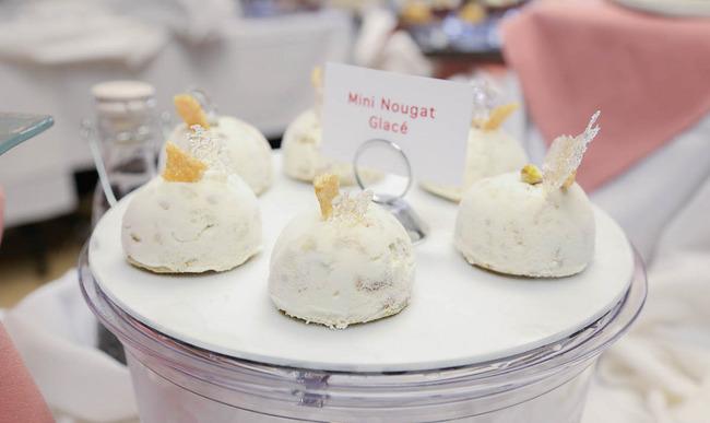 Minis dômes de nougat glacé