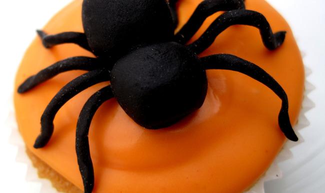 Cupcake araignée pour Halloween