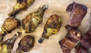Planche de pilons de poulet et rillons