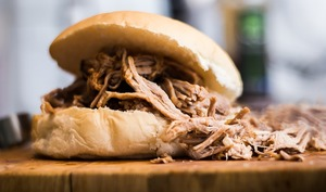 Hamburger pulled pork