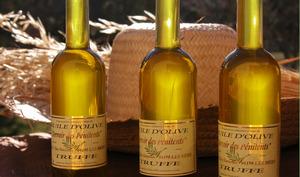 3 bouteilles d'huile d'olive à la truffe