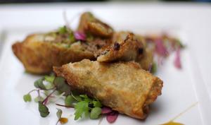 Belle assiette de nems au canard
