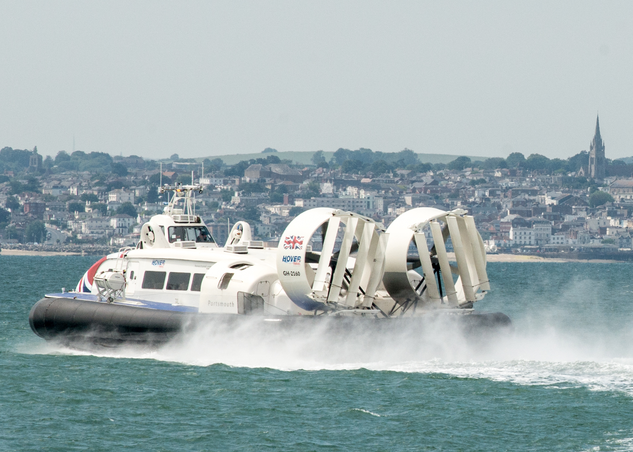 hovercraft on sea arriving into ryde