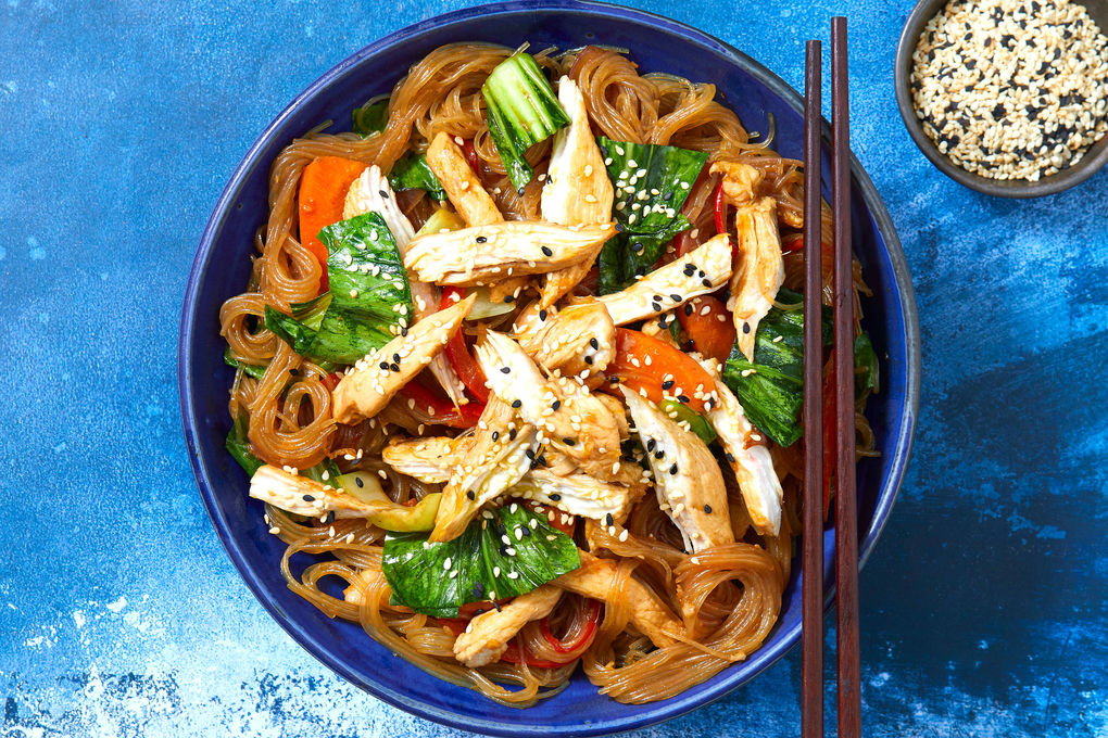 Chicken Noodle Stir Fry With Vegies Ginger And Oyster Sauce Marley Spoon