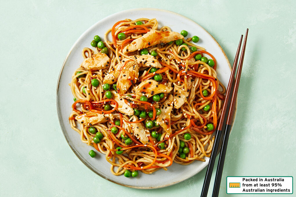 Sesame Chicken Noodles With Carrots And Peas Dinnerly