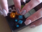 Modele unghii model dungi si tinte