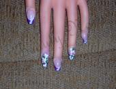 Modele unghii Unghii false cu french in 2 culori