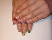 Modele unghii Flori - vopsele acrilice