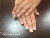 Modele unghii Model in mai multe culori