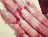 Modele unghii Nude; Glitter