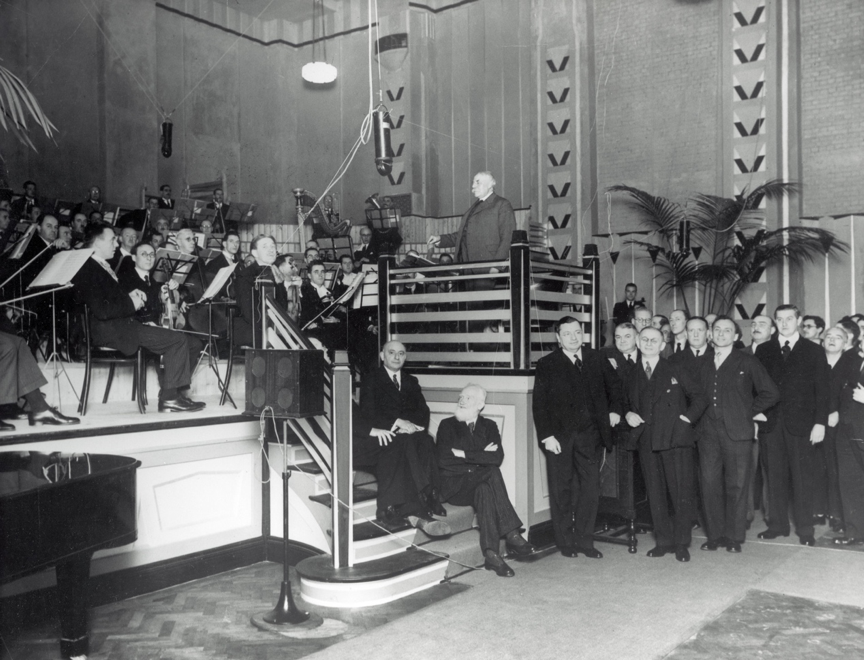 Sir Edward Elgar with the LSO at the opening ceremony in Studio One