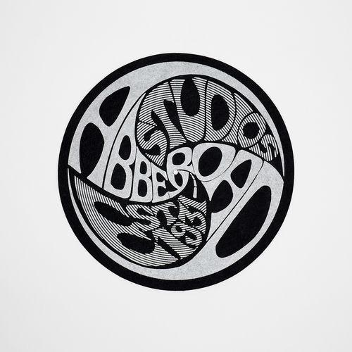 Vintage Logo Silver Slip Mat