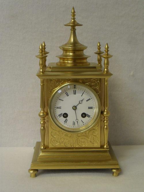 Old Mantle Clocks 106