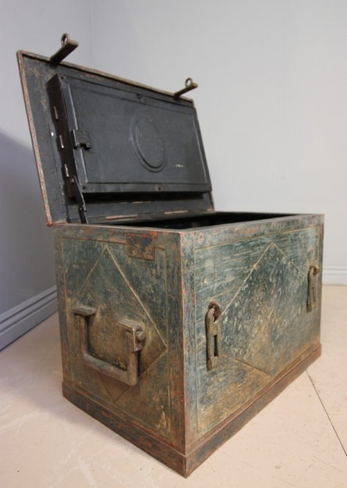 Antique safes for sale - Lookup BeforeBuying