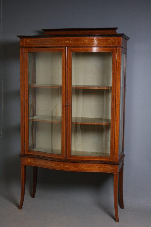 Vintage Display Cabinets 12