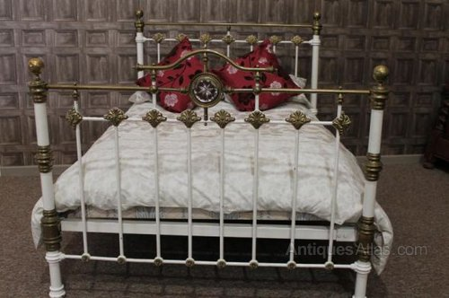 Victorian Cast Iron And Brass King Size Bed Antiques Atlas