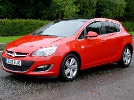 Vauxhall Astra 2.0 CDTi SRi Ecoflex Start/Stop 5 Door Hatchback