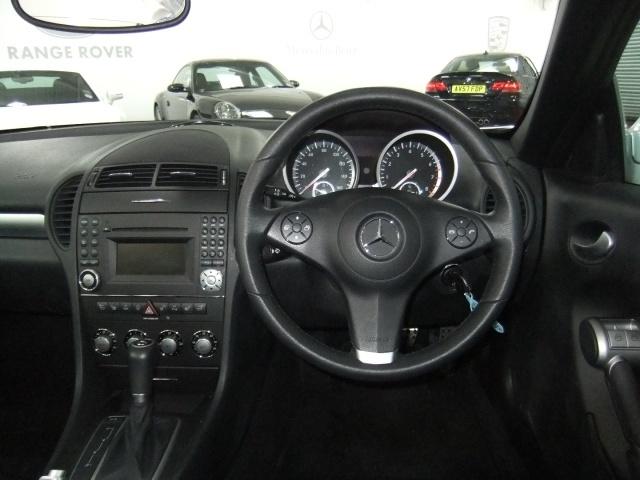 Mercedes-Benz SLK Slk280 Image 10