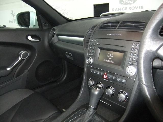 Mercedes-Benz SLK Slk280 Image 12