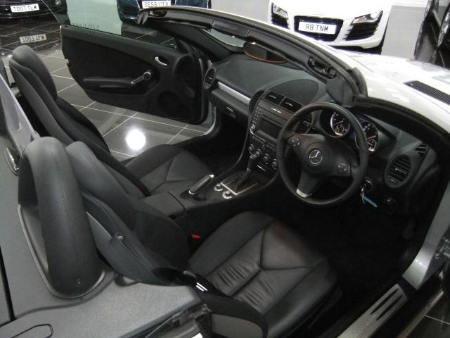 Mercedes-Benz SLK Slk280 Image 13
