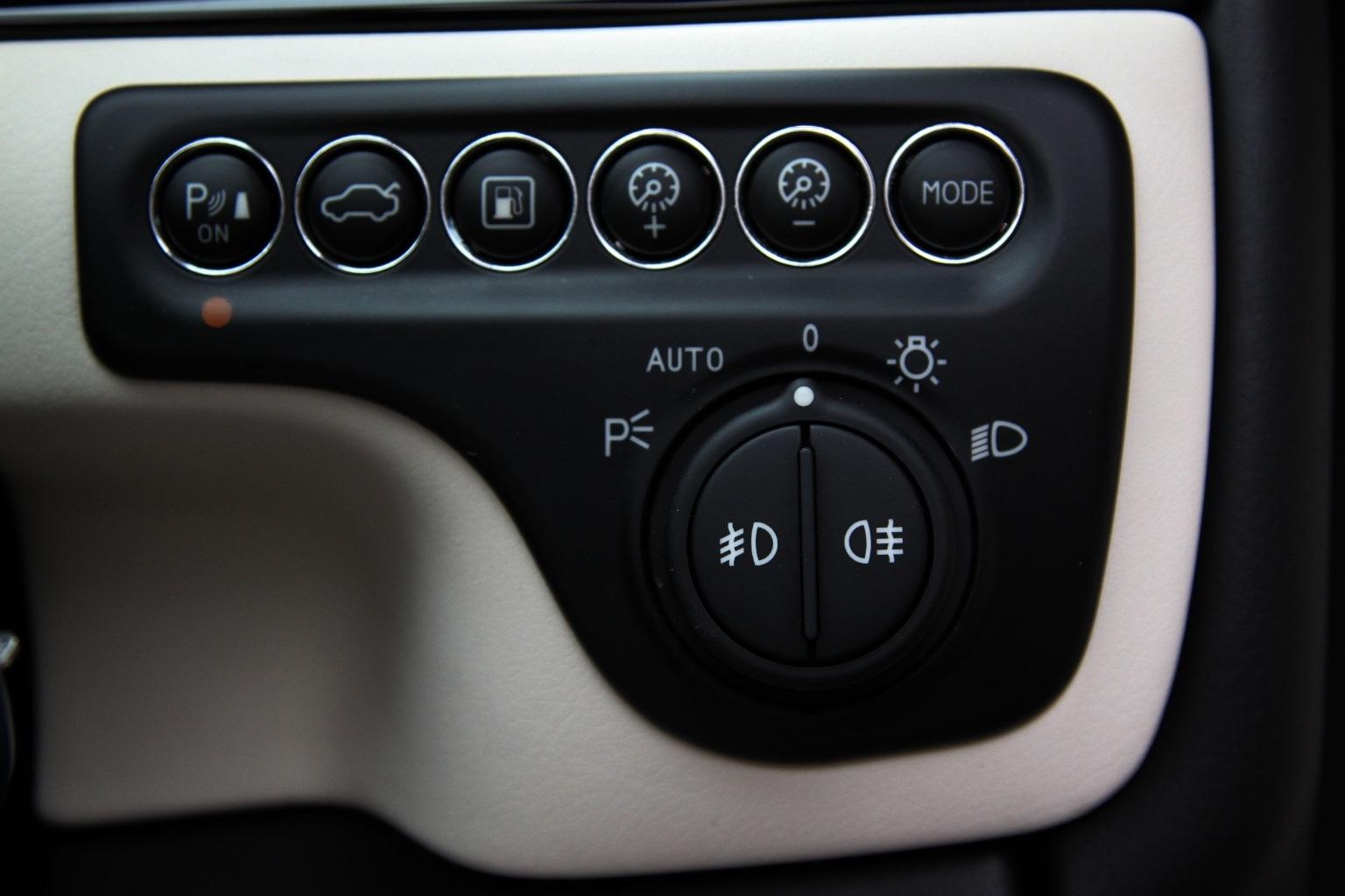 Maserati Grancabrio  Sport - 1 OWNER - 15,000 Miles - Image 15