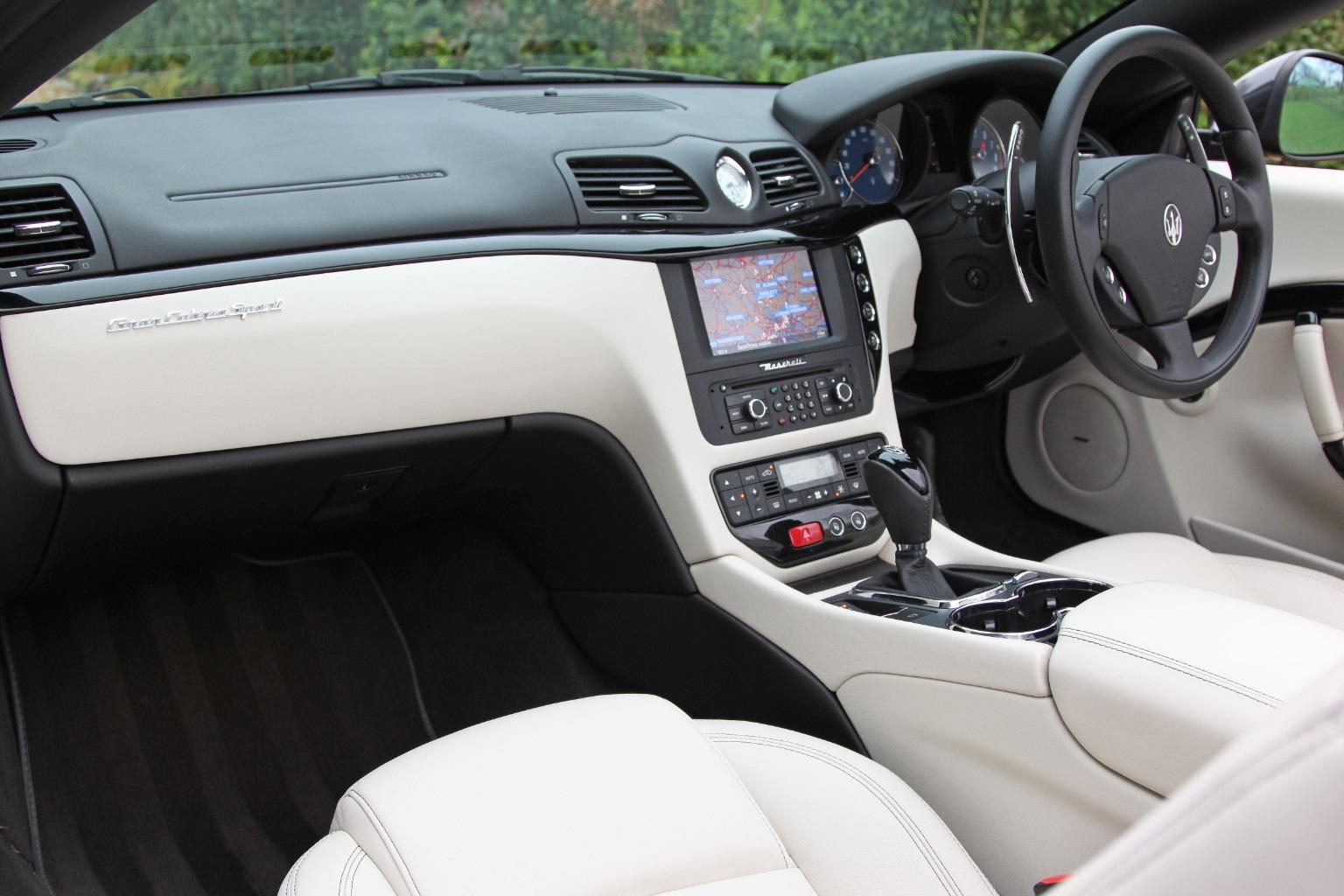 Maserati Grancabrio  Sport - 1 OWNER - 15,000 Miles - Image 8