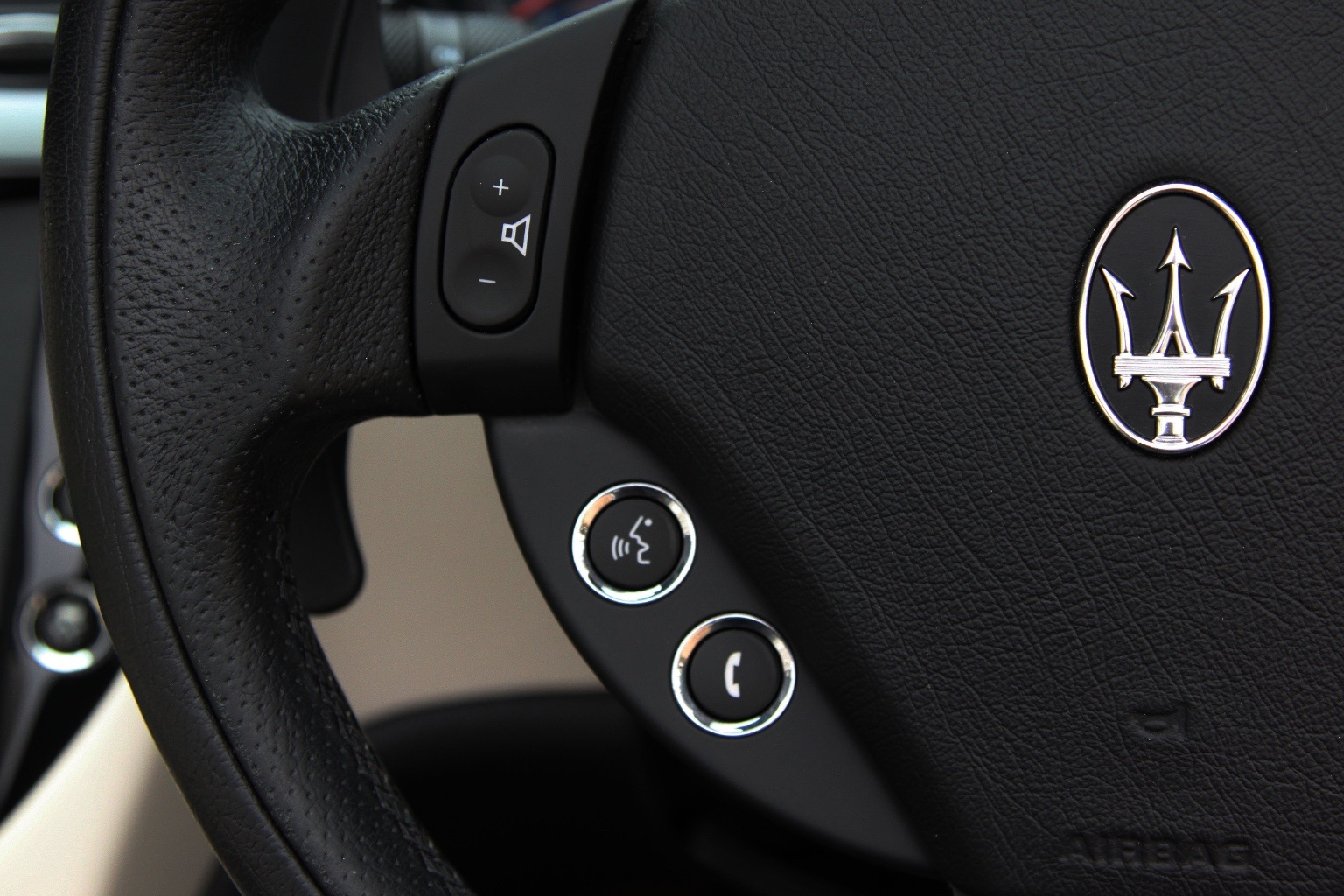 Maserati Grancabrio  Sport - 1 OWNER - 15,000 Miles - Image 24