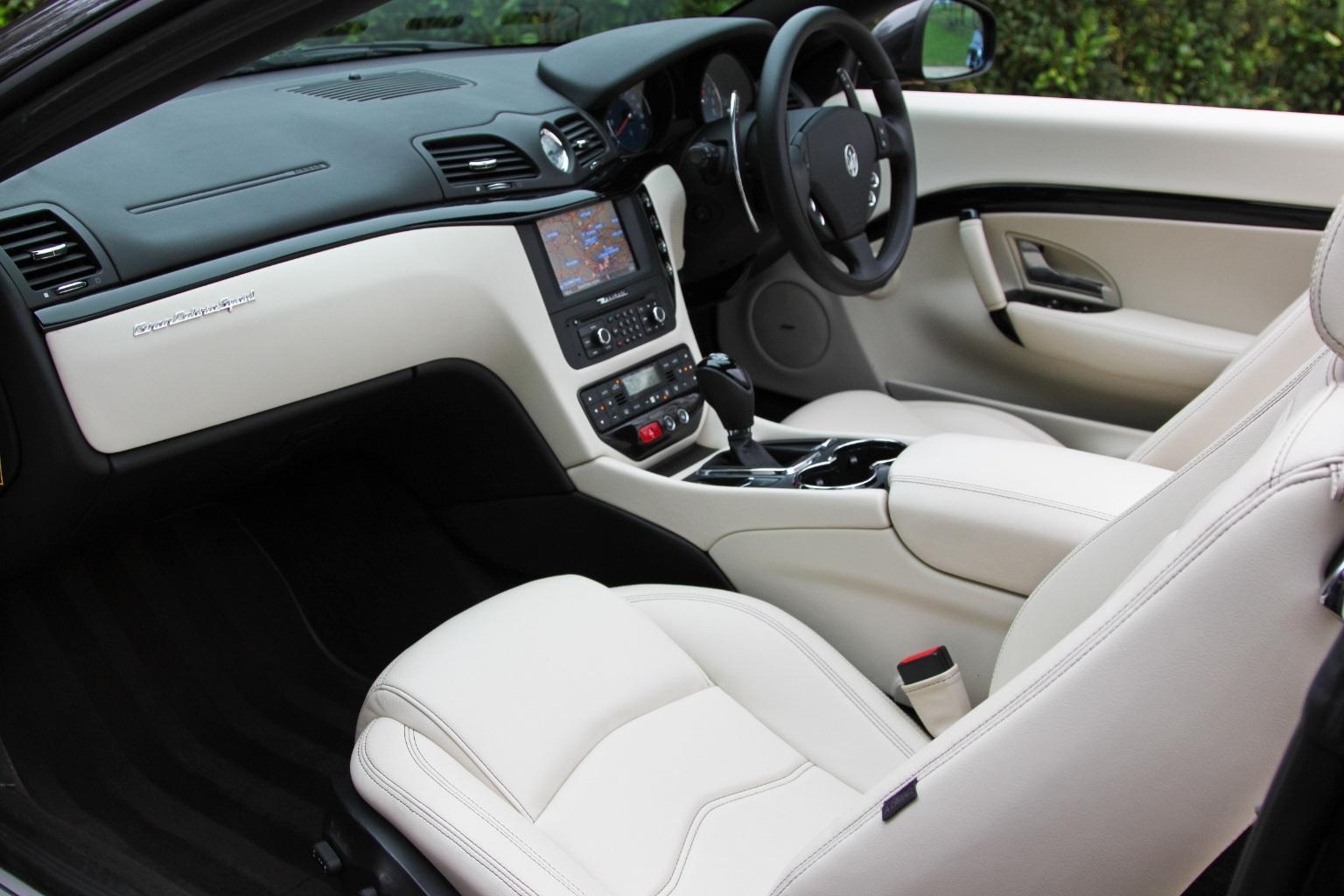 Maserati Grancabrio  Sport - 1 OWNER - 15,000 Miles - Image 17