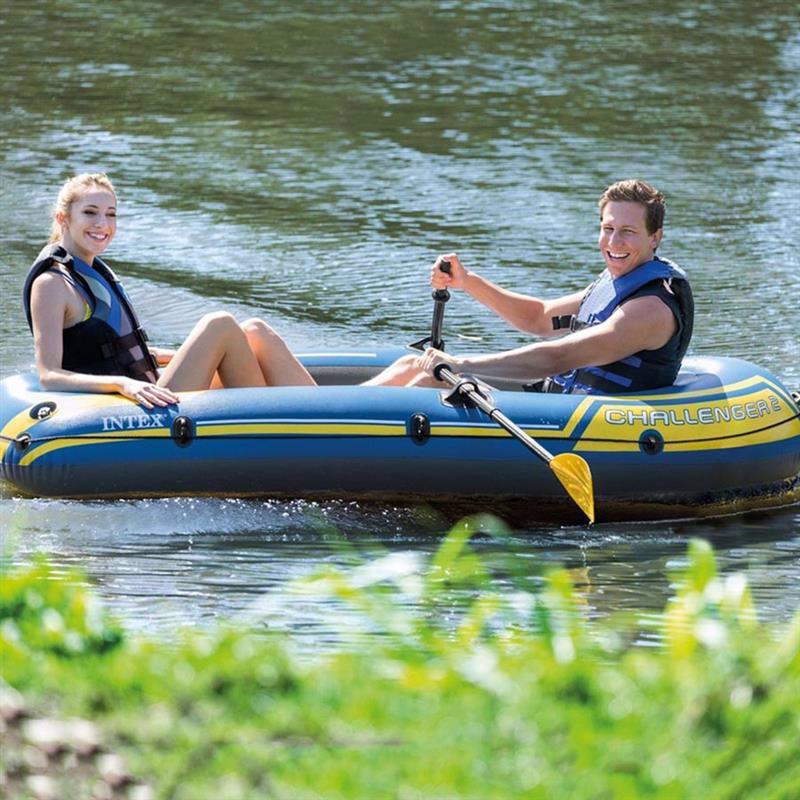 Двухместная надувная лодка Intex 68367 (236 х 114 х 41 см) Challenger 2 Set + Пластиковые весла и ручной насос