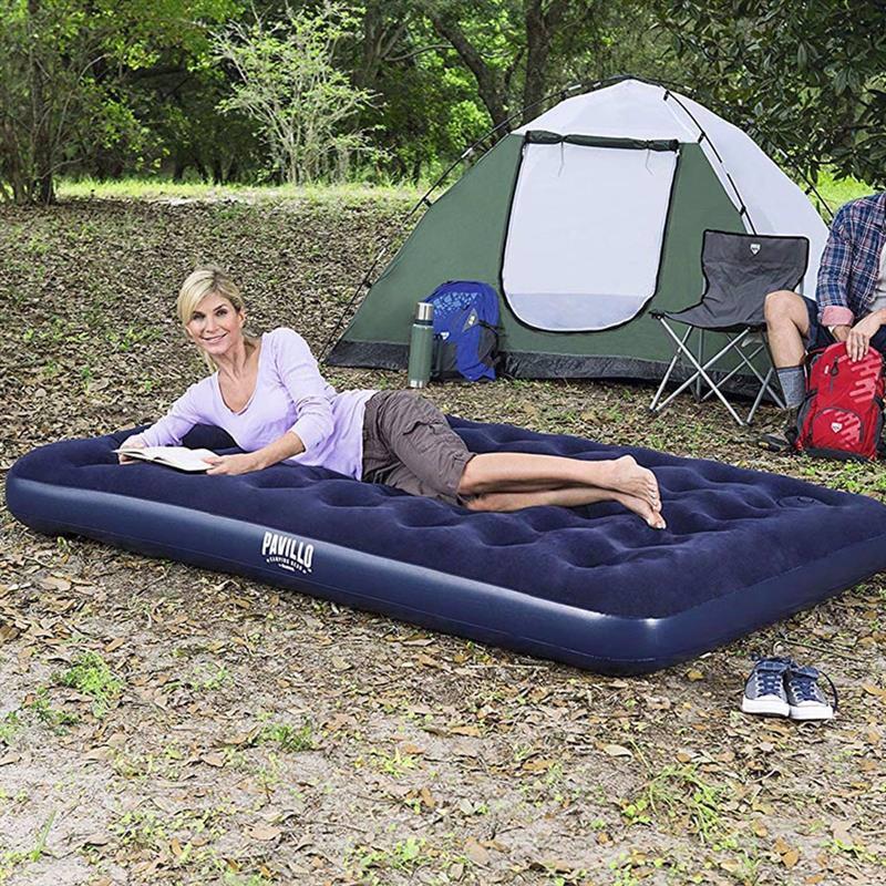 Двуспальный надувной матрас Bestway 67226 (203 x 152 x 28 см) + Встроенный ножной насос
