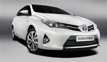Toyota Auris Active 1 33 Vvt I 5dr Car Review May 2013