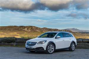 used vauxhall insignia price guide average prices average mileage rh carsite co uk Vauxhall Insignia Diesel Vauxhall Vectra