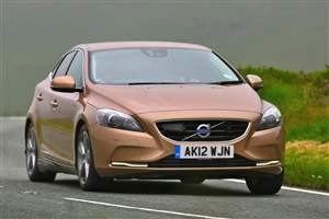 V40 retains safety crown