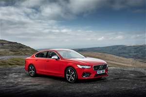 Volvo expands T5 range