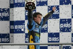Alonso returns to F1