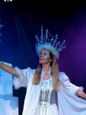 2015 Snow Queen · By: APL THEATRE LTD