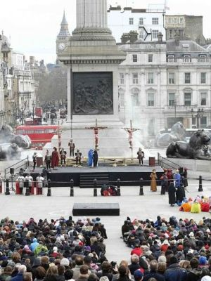Passion in Trafalgar Square · By: Wintershall Estate