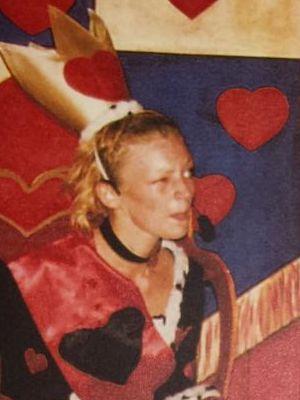 2004 Queen of Hearts · By: John Macdonald