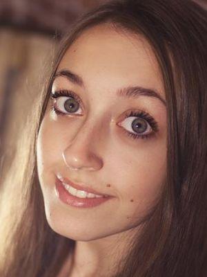 Caitlyn McNally