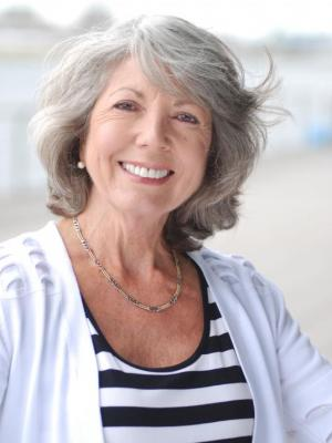 Janie Wellborne white Cardi