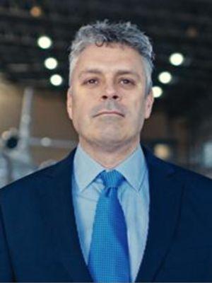 2016 CEO of Airline company · By: Sam dawson