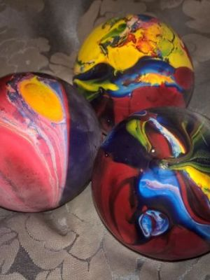 Juggling ball make · By: Sophie Duffin