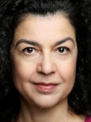 Lorna V (stage and writer surname)