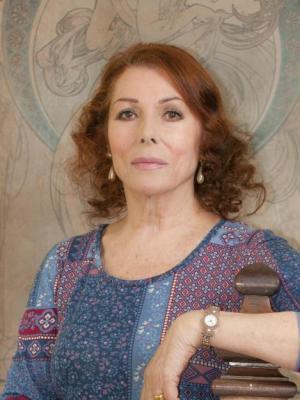 Julie Bevan 6